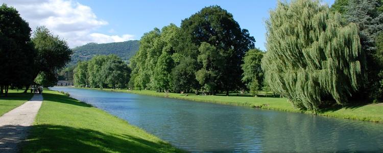 Domaine de Vizille - plan d'eau.jpg