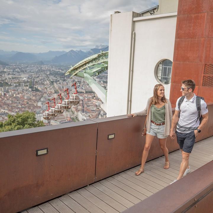 Visite en amoureux à la Bastille de Grenoble