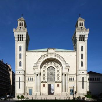 Grenoble_Basilique_Sacré_coeur_2012.jpg
