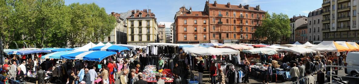 Place ST Bruno marché