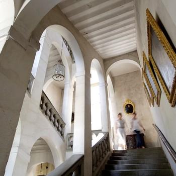 montée escalier pierre blanche tableaux chateau sassenage